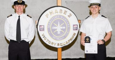 Navy recruit follows in dad's footsteps at Collingwood